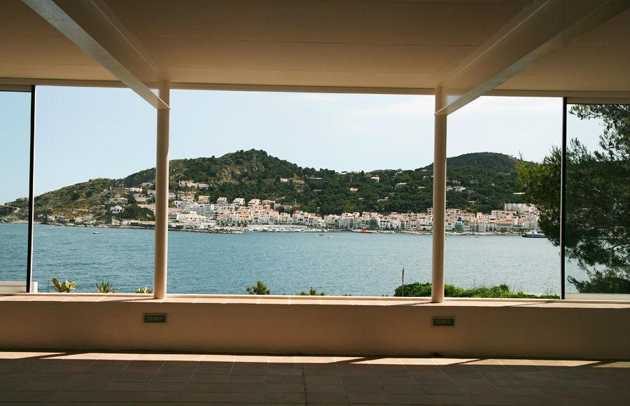 La Pergola, es un espacio abierto, a modo de pista de baile, que permite disfrutar del mar.