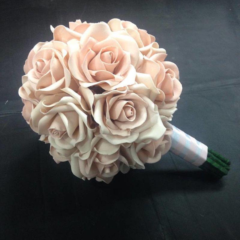 Bouquet de Rosas Comestíveis para casamento Confeitaria Adalgisa Almeida