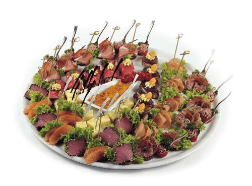 "Beispiel: Fingerfood ""de luxe"", Foto: Partyservice A. Rohde."