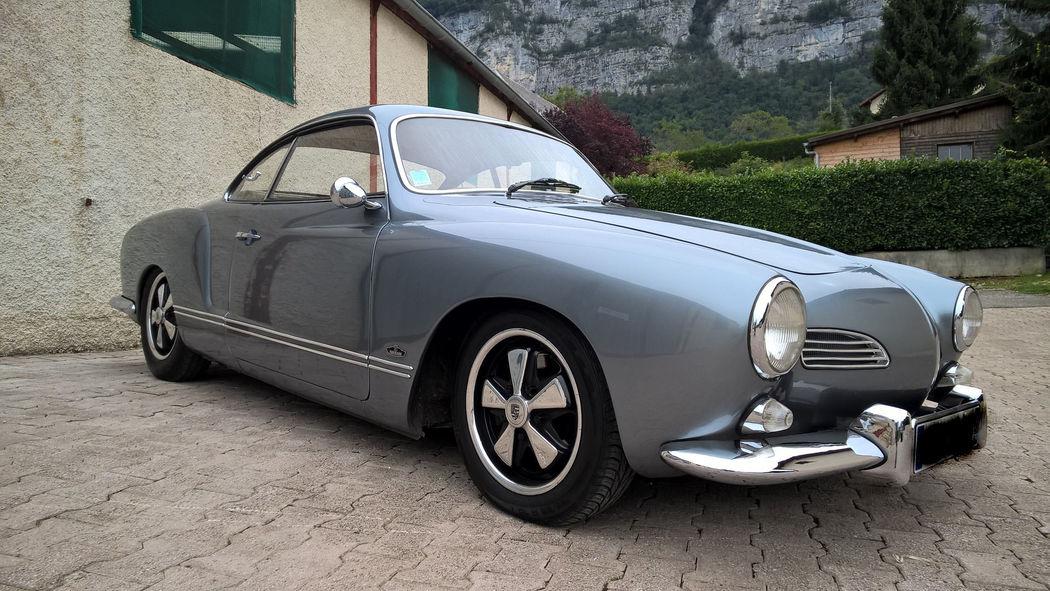 VW Karmann Ghia de 1967 AVEC chauffeur uniquement