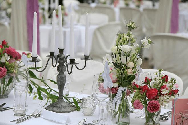 Beispiel: Stilvolle Tischdekoation, Foto: Die Alte Gärtnerei.