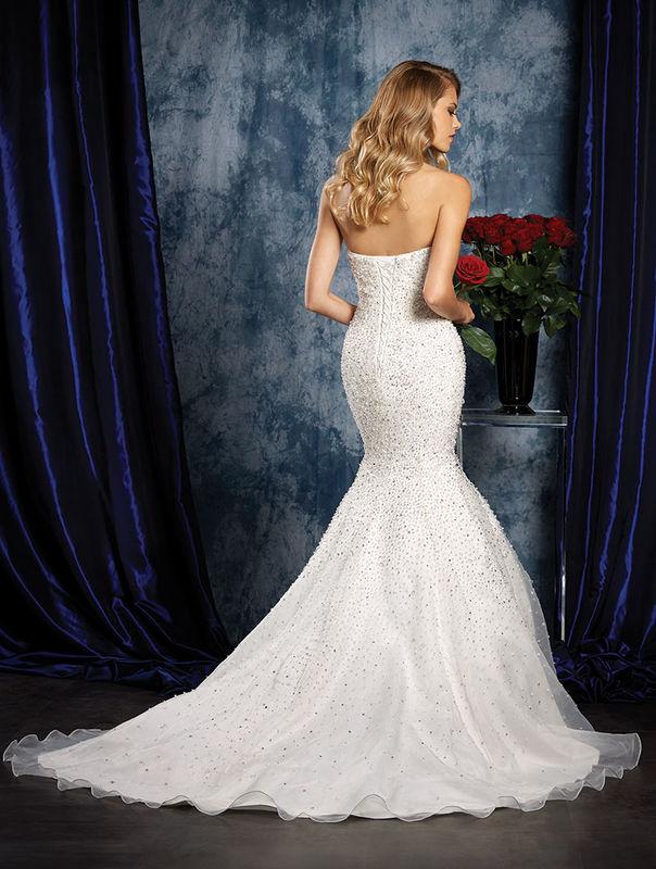 Melo's Noivas Colcecção 2016 Spring Sapphire Bridal by Alfred Angelo