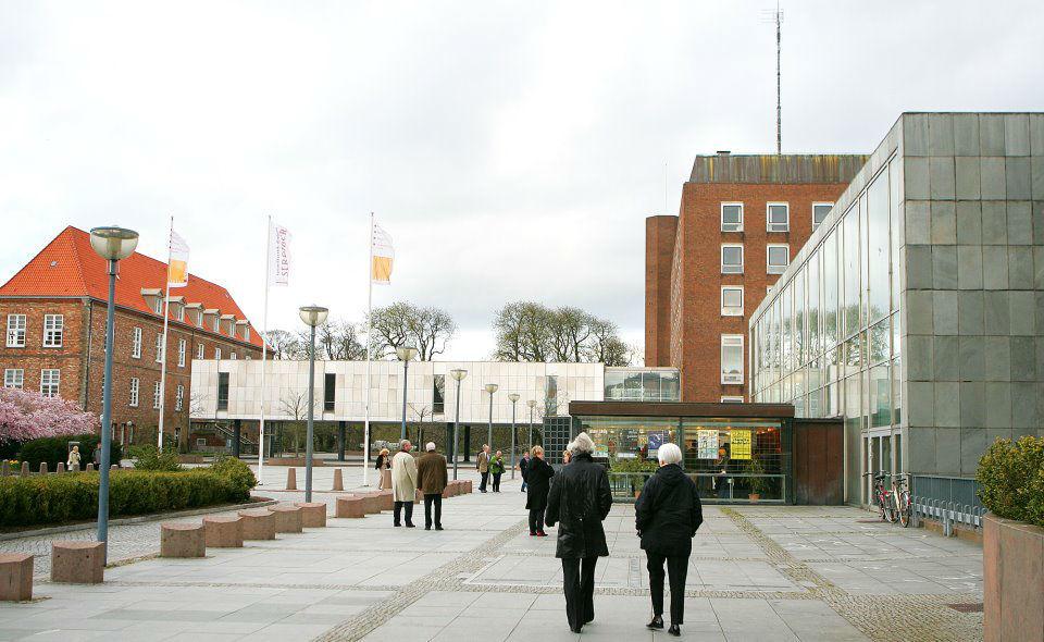 Beispiel: Außenansicht, Foto: Kieler Schloss.