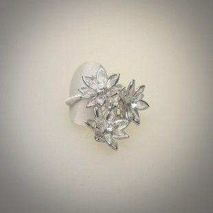 Vintage. Anillo flor cristal