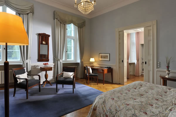 Beispiel: Hotelzimmer, Foto: Schlosshotel Burg Schlitz.