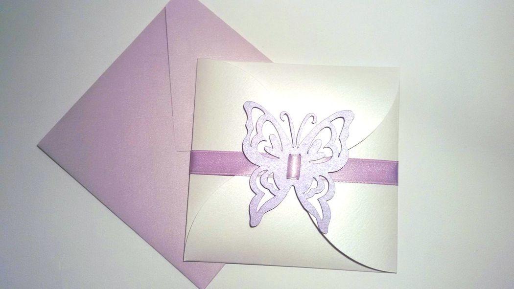 Invito di Matrimonio - color glicine tema farfalle