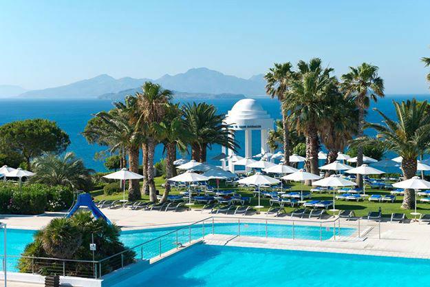 Beispiel: Pool in Griechenland, Foto: Robinson Club.