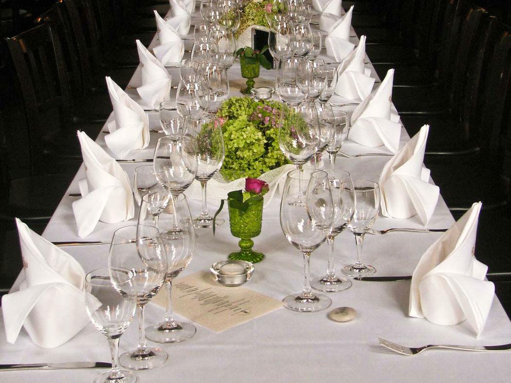 Beispiel: Hochzeitstafel, Foto: Freiheit Fünfzehn.