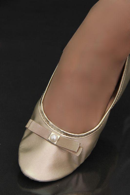 Série Luxo Ouro Light com Brilho Laço Chanel com Meia Pérola