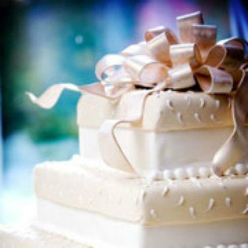 Beispiel: Hochzeitstorte, Foto: Sweethearts Wedding.