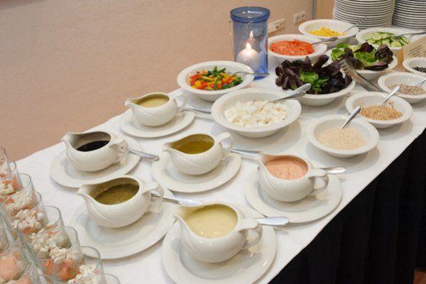 Beispiel: Suppen und Soßen, Foto: Catering Hotel Ambassador.