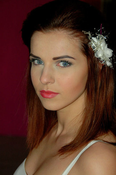 Mobile Beauty, makijaż ślubny , manicure i stylizacja ślubna