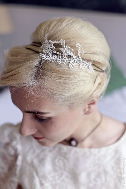 Headband dentelle de la robe de mariée