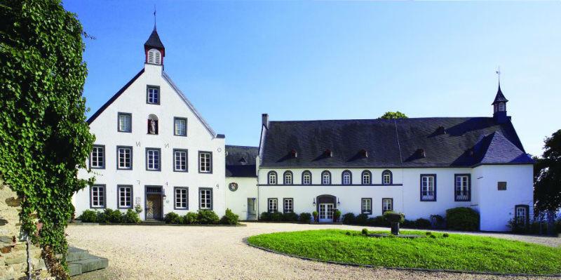 Beispiel: Vorderansicht, Foto: Klostergut Besselich.