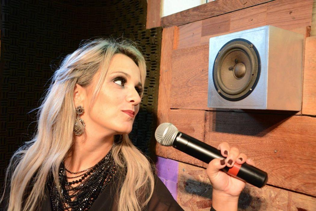 DJ Alice Riffatti. Foto: Ana Correa
