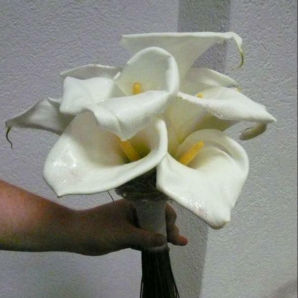 Beispiel: Sträuße für die Braut mit Stil, Foto: Blumenhaus Frei.
