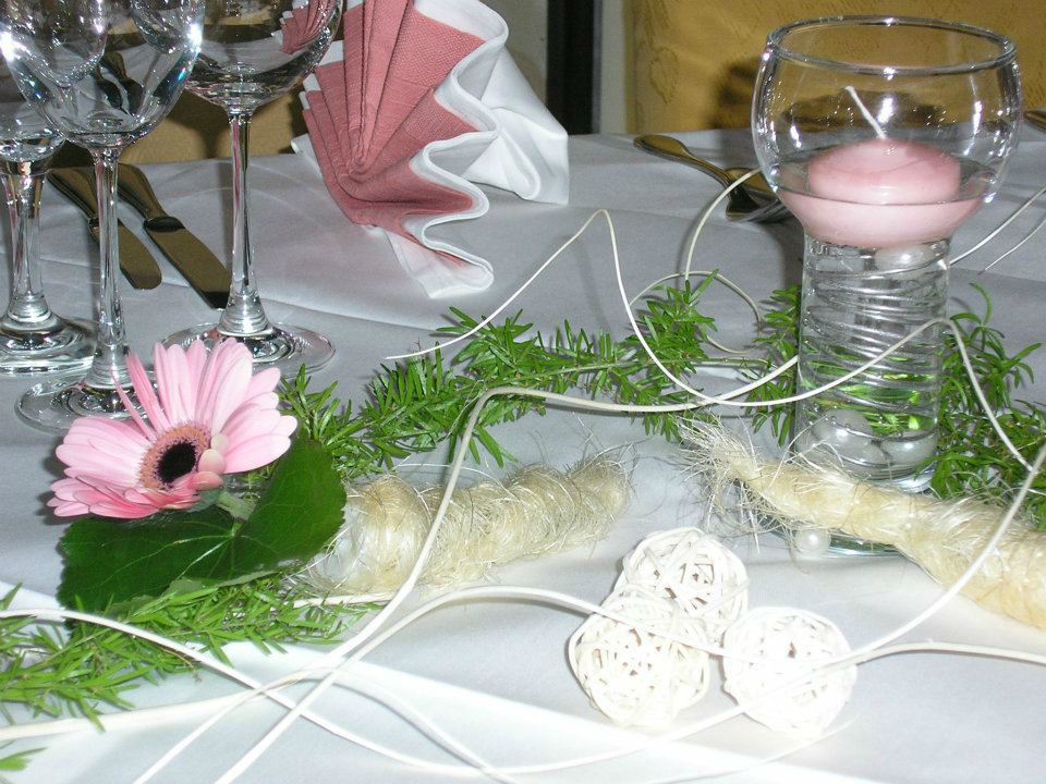 Beispiel: Tischdekoration, Foto: Italienisches Dörfchen.