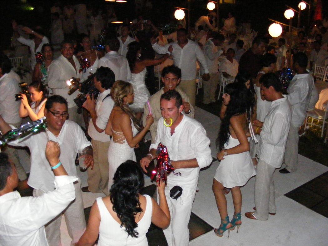 Grupo Musical The Music en Acapulco