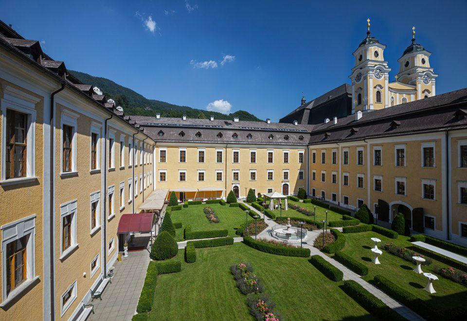 Beispiel: Schlossgarten, Foto: Romantik Hotel Schloss Mondsee.