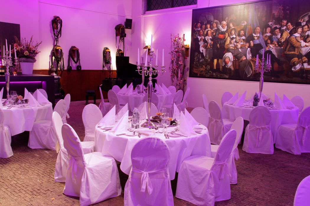 Dineren in de historische ambiance van het Koetshuis van Kasteel Keukenhof.