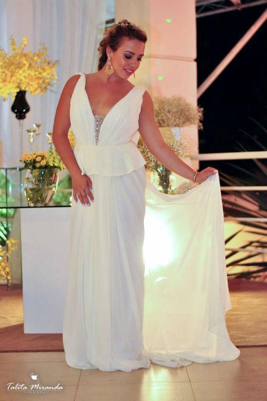 Para uma noiva em estilo deusa grega.