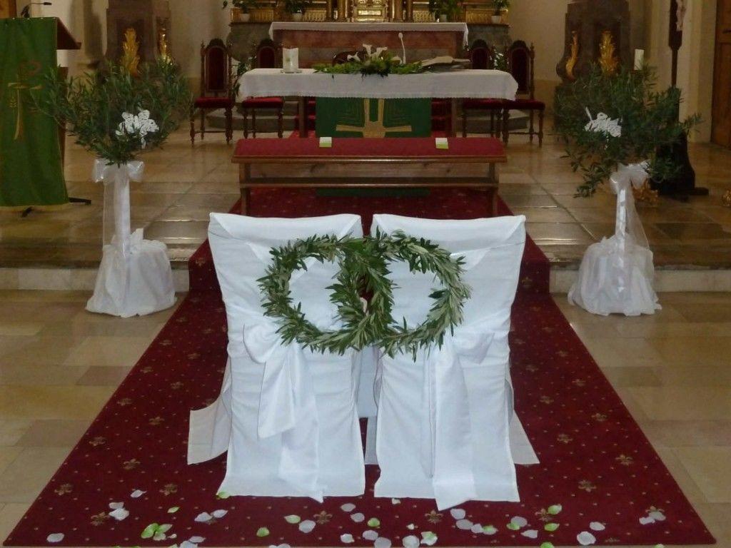 Beispiel: Kirchenschmuck, Foto: Toifl Blumen.