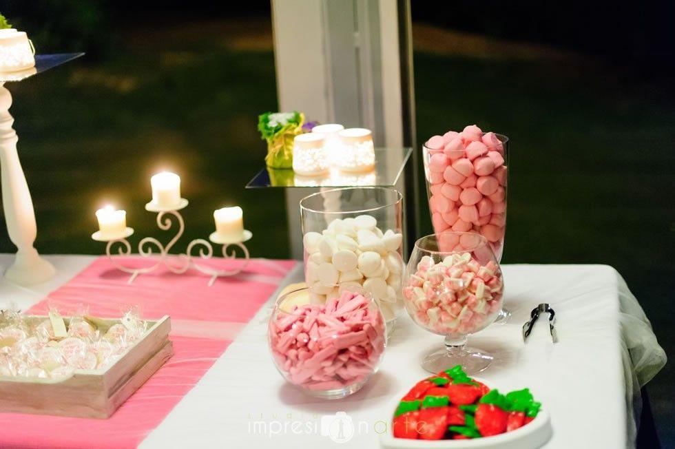 Detalle mesa dulce romántica