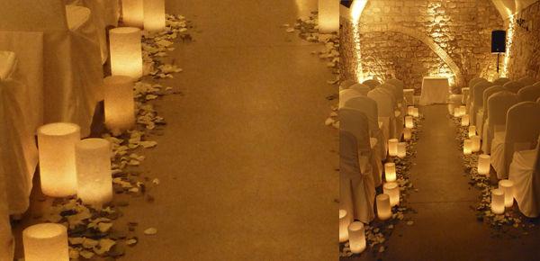 Ceremónia romantica en en entorno con história. http://lafloreria.net