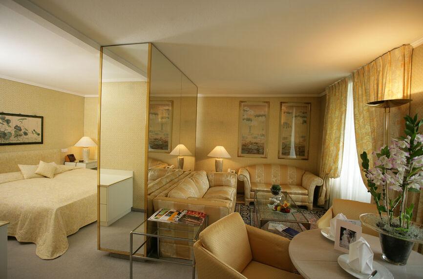 Beispiel: Hotelzimmer, Foto: Rheinhotel Fischerzunft.