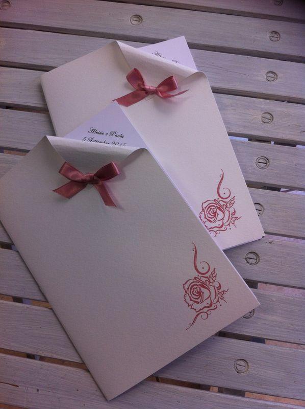 Libretto messa con rosa per matrimonio elegante