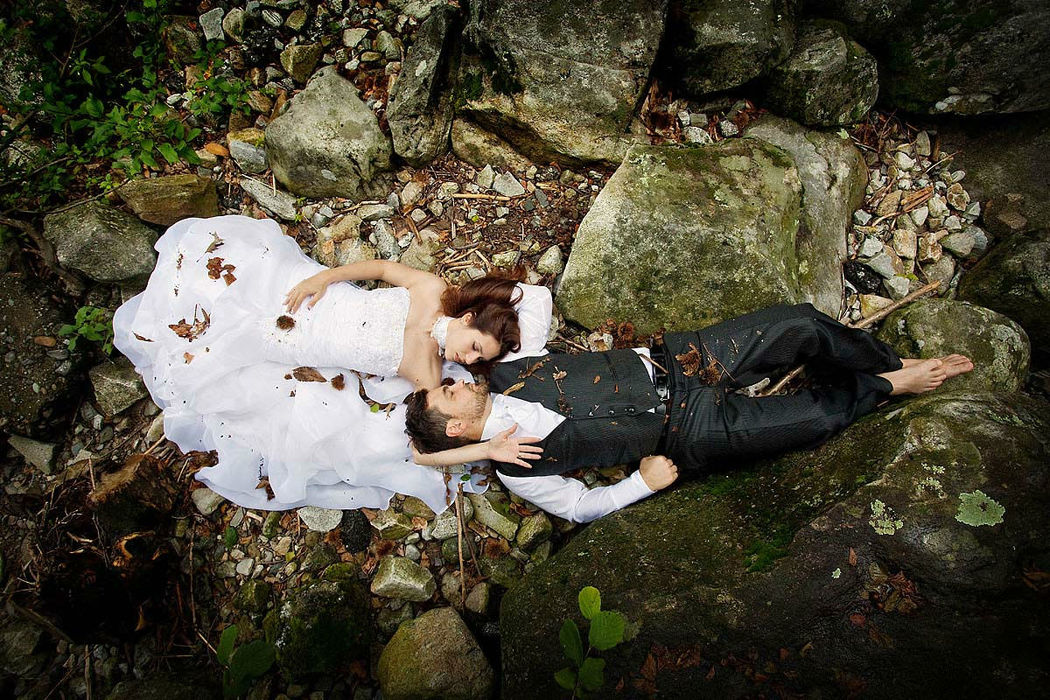 Beispiel: Trash the Dress, Foto: Hochzeit Fotograf Thomas Hinder.