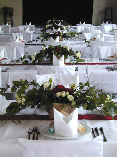 Beispiel: Tischdekoration, Foto: Rita Roth.