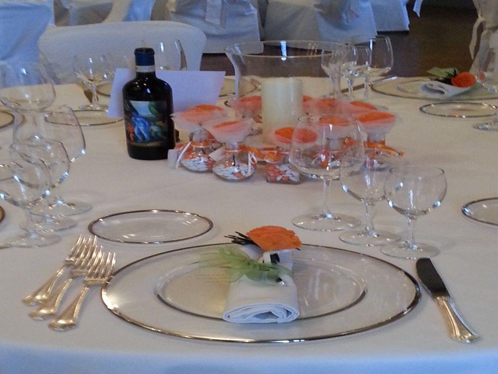 Matrimonio a Firenze - Tavolo ospiti con fiori di carta