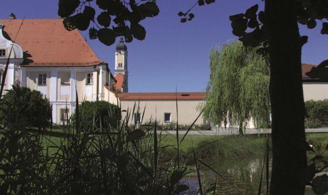 Beispiel: Klostergarten, Foto: Klostergasthof Roggenburg.