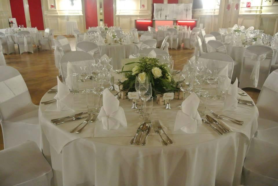Beispiel: Hochzeitsgedeck, Foto: Fest & Gast Catering.