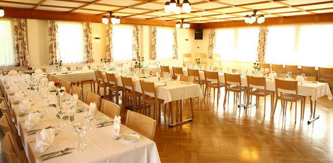 Beispiel: Saal, Foto: Landgasthof Grossteil.