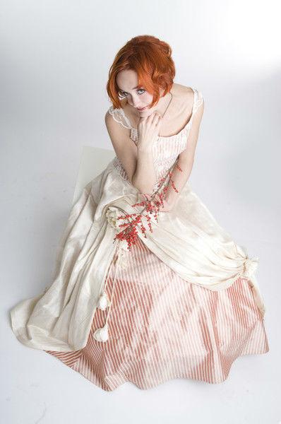 Beispiel: Kundenmodelle - Barockes Kleid, Foto: Bella Donna Mode.