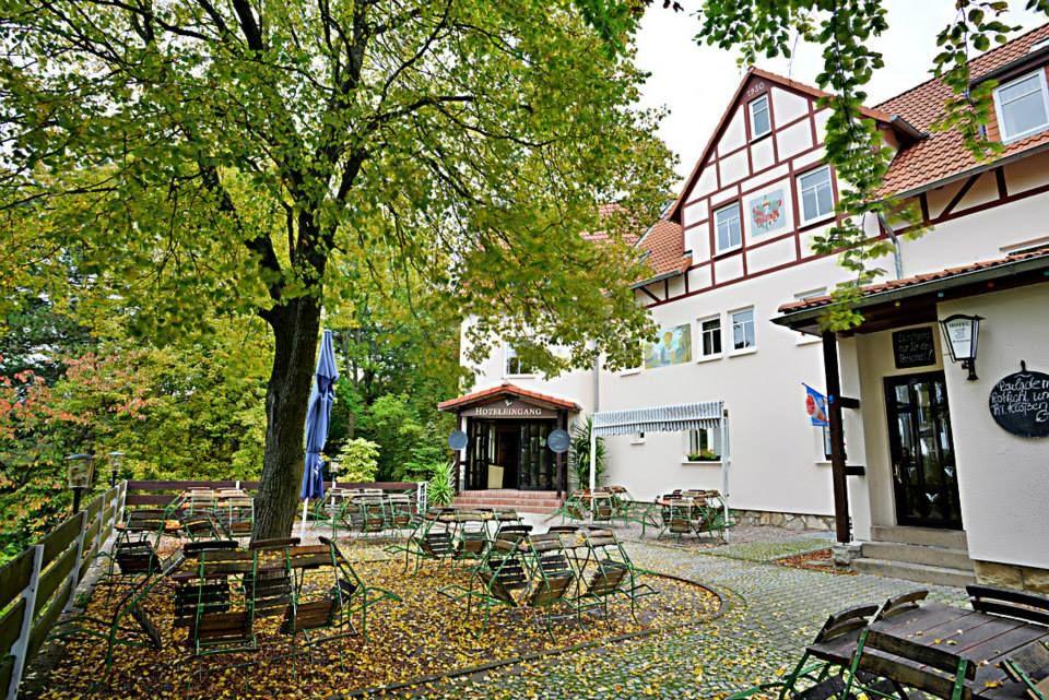 Beispiel: Aussenansicht, Foto: Waldgasthaus & Hotel Stiefelburg.