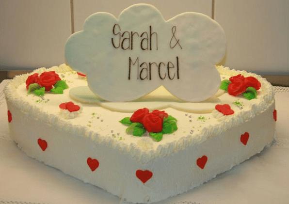 Beispiel: Hochzeitstorte mit Namen versehen, Foto: Café - Konditorei Müller.