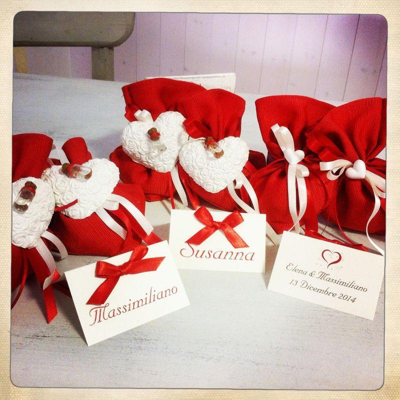 Set sacchetto bomboniera, segnapostoe inviti per matrimonio a tema rosso