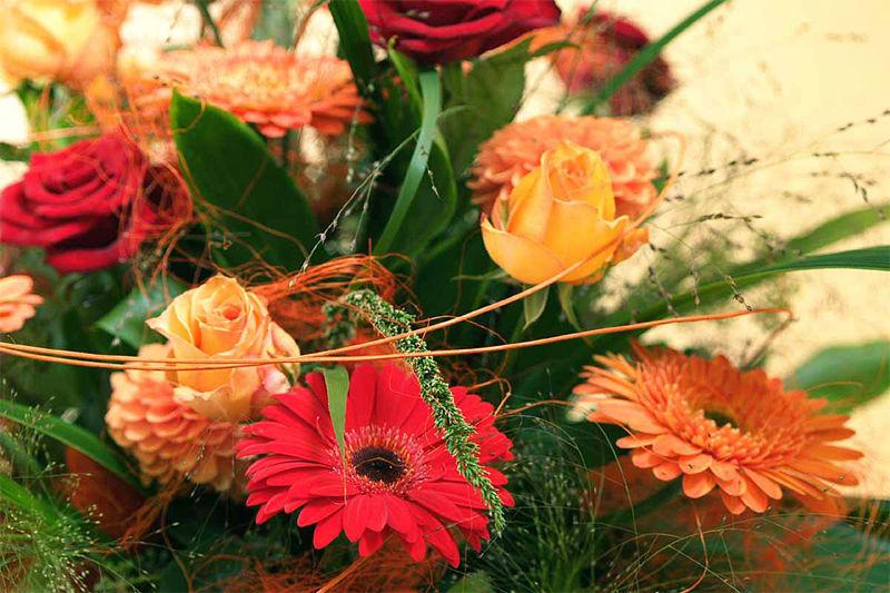 Beispiel: Blumen, Foto: Blumenhaus Dick.