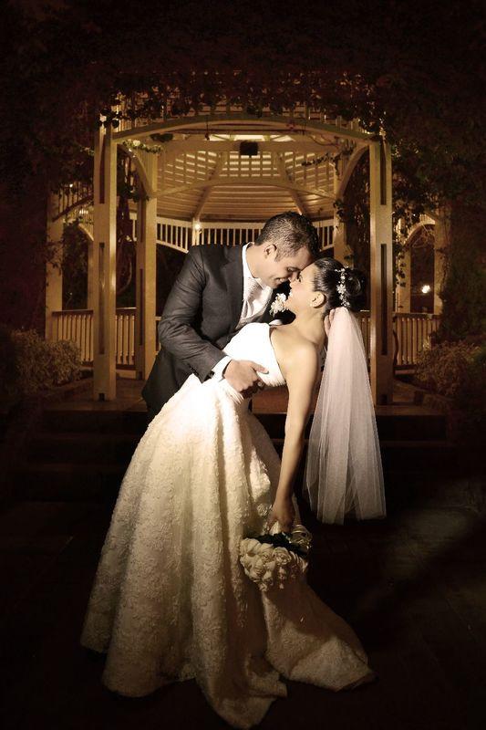 Hermosa foto de los recién casados.