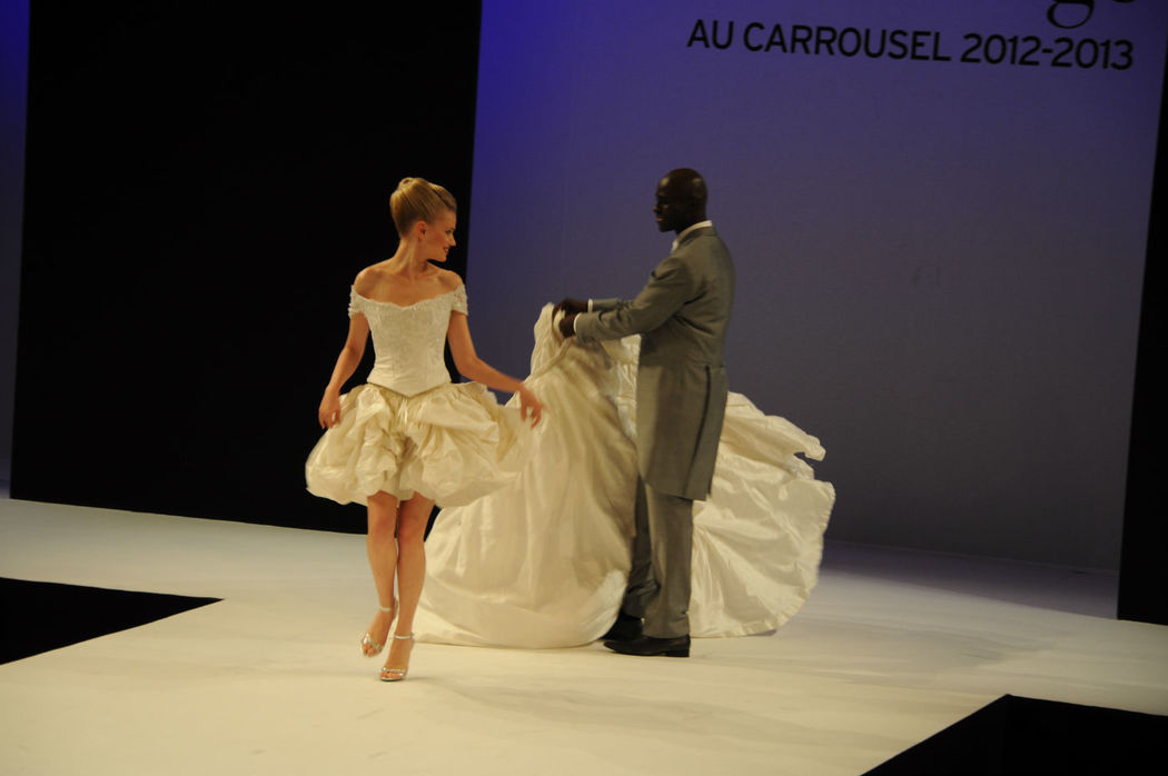 Robe de mariée Fantasja ouvrante sur mini-jupe  Agnès Szabelewski