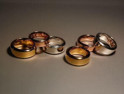 Beispiel: Individuelle Trauringe für Ihre Hochzeit, Foto: alexandra baum . schmuck.