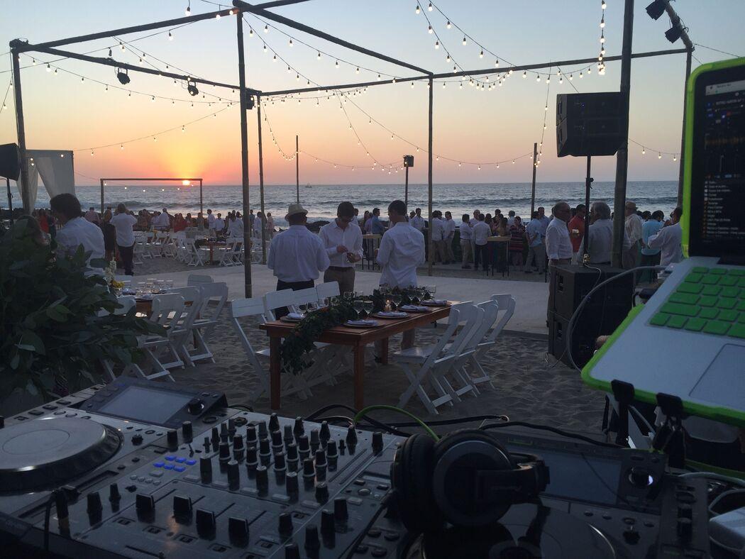 DJ Krlos Berrospi