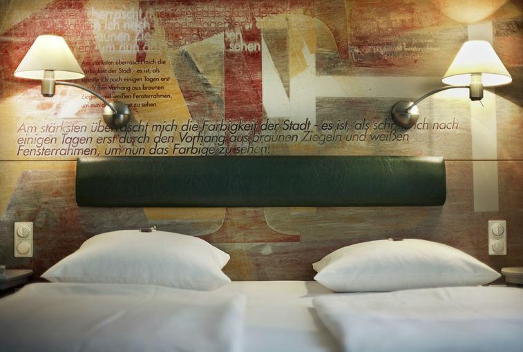 Beispiel: Hotelzimmer, Foto: Romantik Hotel Gasthaus Rottner.