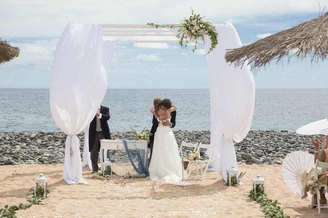 Ceremonia de boda en la playa