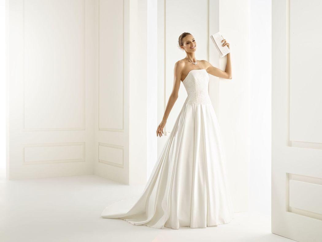 Brautkleid aus Chiffon und Spitze, Clutch aus Spitze | Bianco Evento