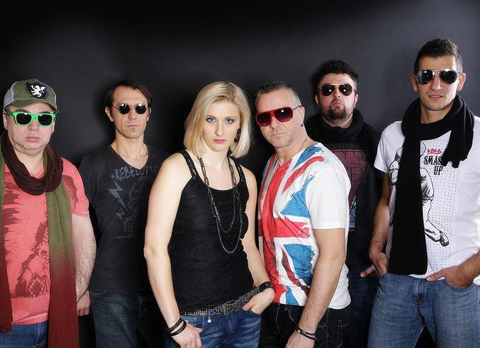 Beispiel: Vor dem Auftritt, Foto: Munic City Band.