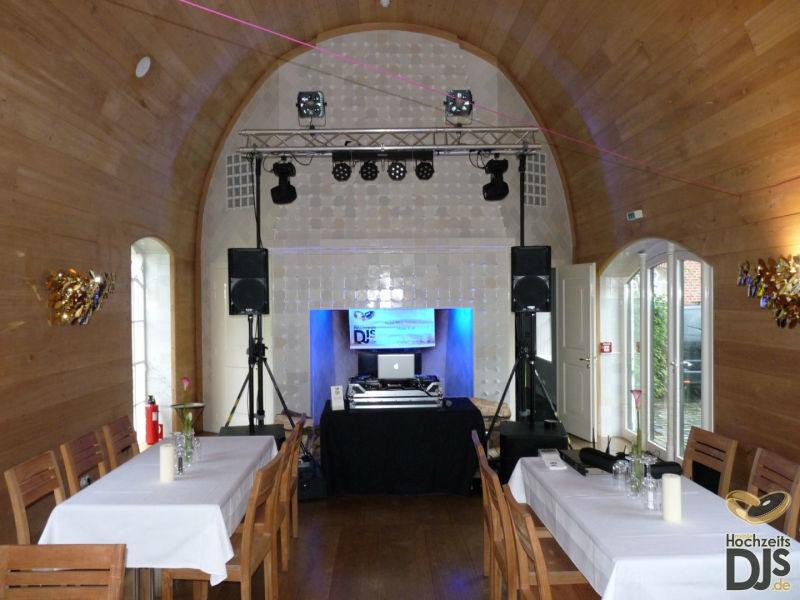 Beispiel: Professionelle DJ-Ausrüstung, Foto: Mobile Hochzeits-DJs.